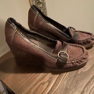 Size 5 Brown Wedge Shoes